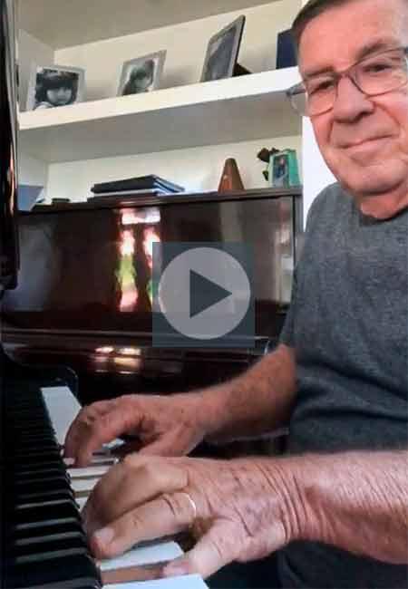 Pantaleão ao piano