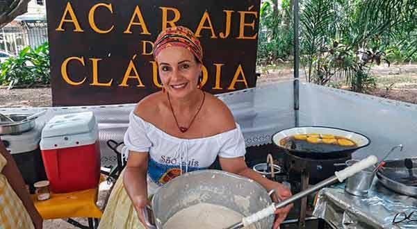 Claudia baiana do acarajé
