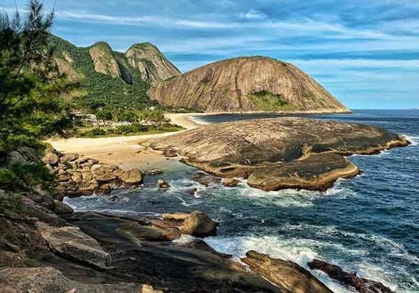 Praia de Itacoatiara / Foto Giuliano Lara