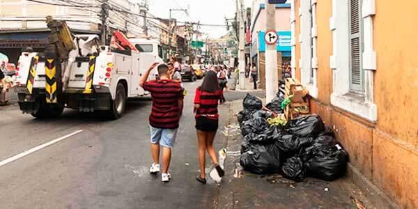 lixo na rua