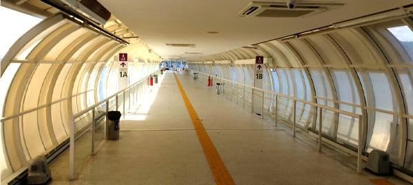 Estação dos catamarãs fica deserta durante as tardes com a suspensão dos horários de viagem das 12h às 16h