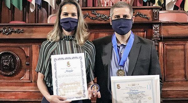 Oftalmologistas Carolina e André Curi