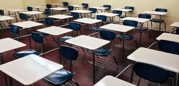 escolas fechadas