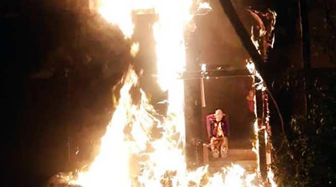 incêndio no teatro