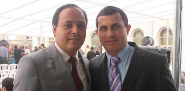 Rodrigo Neves e Felipe Peixoto, na foto ainda quando eram secretários do governador Sergio Cabral, vão disputar o segundo turno em Niterói